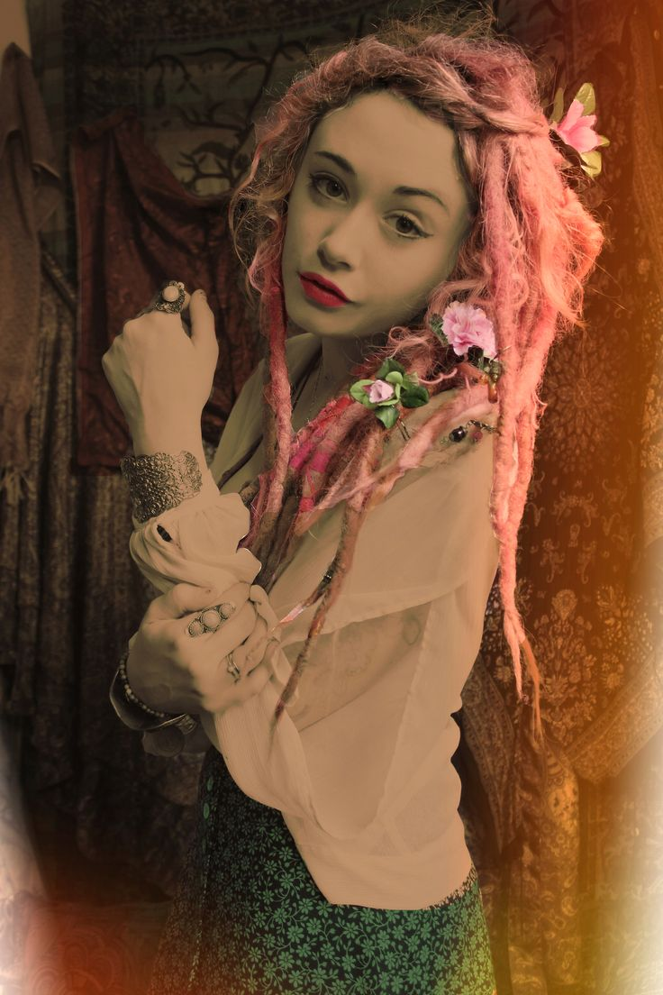 wicca wiccan pagan witch witchcraft occult mystic oracle muse gypsy gypsy girl hippie hippie girl boho fae faerie fairy black magic magic magik enchanted ethereal paisley pink hair pink dreads pink dreadlocks pastel pastel dreads pastel dreadlocks girls with dreadlocks - picslist.com