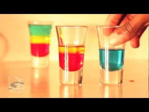 """Как делать коктейль """"Боб Марли"""" 18+ -   Тяпница. Не знаю как на вкус, но мне нравится """"магия многослойности"""". По ссылке видео с процессом приготовления. Не увлекайтесь :-)  #пища #рецепт #коктейль #алкоголь #food #recipe #cocktail #alcohol"""
