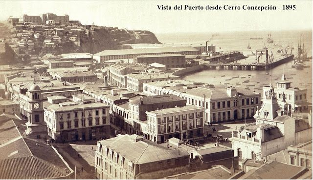 Vista del Puerto desde el Cerro Concepción en Valparaíso