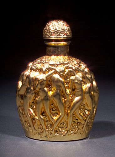 1000 ideas about lalique perfume on pinterest glass for Miroir des vanites