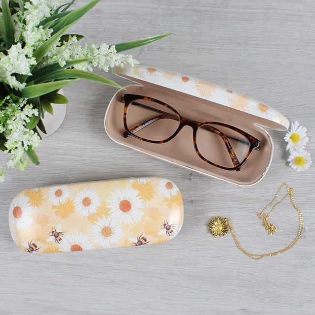 Bee And Daisy Glasses Case (2)