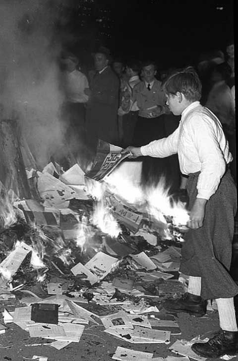 "Burning books in Bochum, Germany, in 1933. Including books of jewish poet Else-Lasker Schühler. It's like ""Fahrenheit 451 of Ray Bradbury."