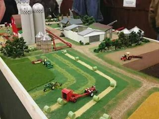 1/64 Farm Display
