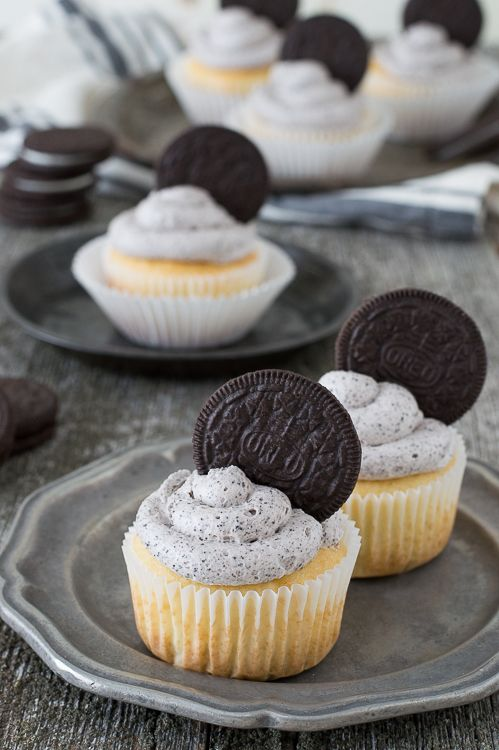 easy cupcake recipes easy oreo cupcakes the best oreo cupcake recipe with 30606