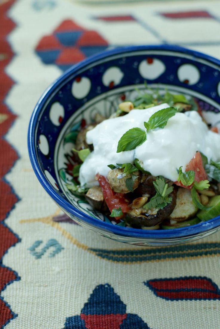 なすのモロッコ風サラダ by 小野 孝予 / スパイス、野菜を沢山使うのがモロッコ料理の特徴ですが、日本人の口にも合います。ヘルシーなので、ダイエット中でも安心して召し上がれます。 / Nadia