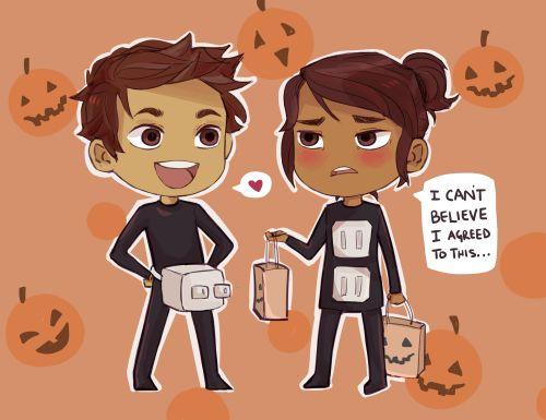 Ari and Dante Halloween costumes, part 1