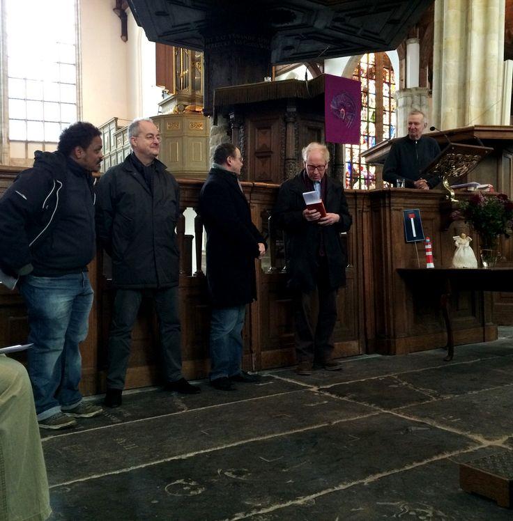 Klokkenluiders: in de Oude Kerk wel erkenning. Hulidiging zelfs.