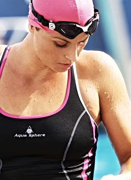 Aquasphere Kayenne swimming googles, functional and stylish eyewear for the dedicated swimmer :)