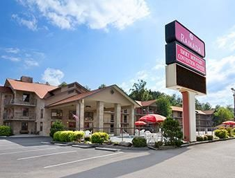Ramada Pigeon Forge South - Hotels.com - Hotel rooms with reviews. Discounts and Deals on 85,000 hotels worldwide