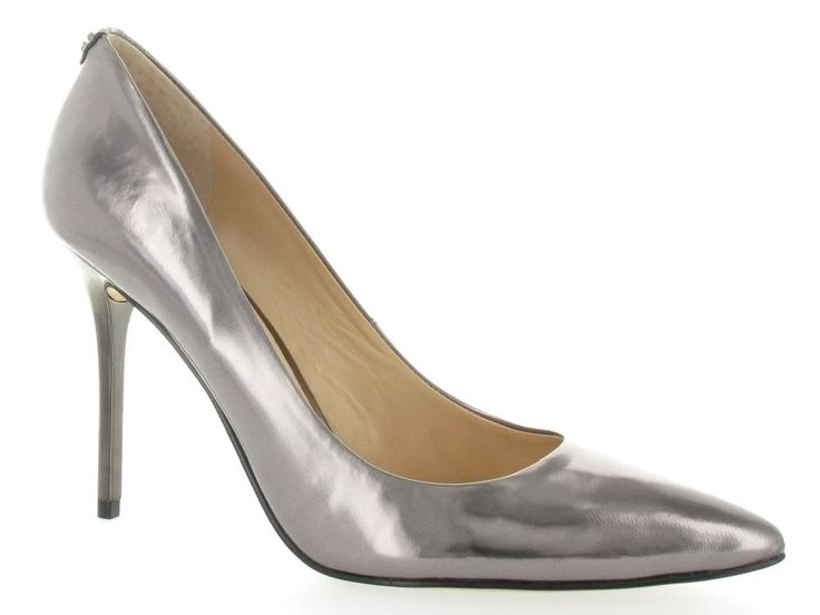 Zilveren pumps van Guess €159,95 #guess
