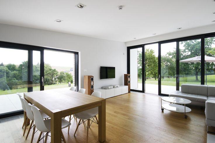 Můj Dům | V kontextu místa: Moderní dům obložený dřevem