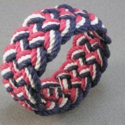 Create a traditional sailor knot bracelet and make summer memories that last a lifetime.Diy Ideas, Sailors Knots Bracelets, Decor Ideas, Crafts Ideas, Ropes Bracelets, Diy Fashion, Diy Gift, Diy Bracelets, Knot Bracelets