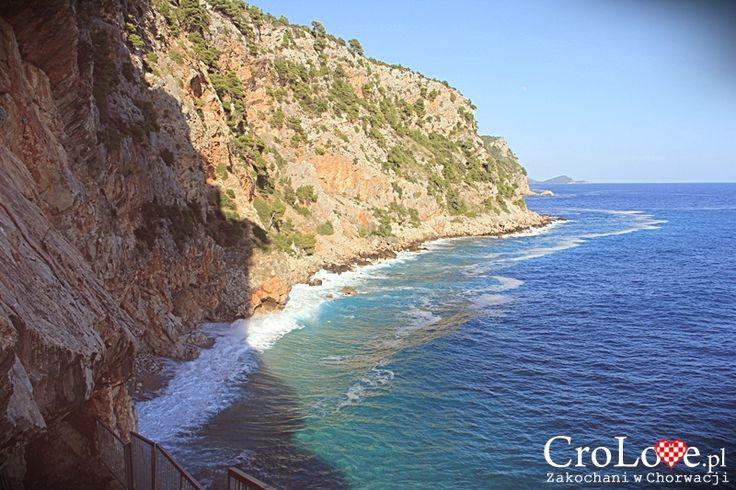 Konavoske Stijene w Popovići || http://crolove.pl/konavoske-stijene-strome-klify-poludniowej-dalmacji/ || #KonavoskeStijene #Cliffs #Adriatic #Sea #PasjacaBeach #Croatia #CroatianBeach #Croatia2014 #Summer #Summer2014 #Travel #Chorwacja #Hrvatska