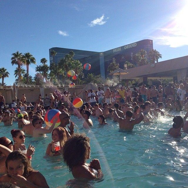 Dayparty at Wet Republic Vegas!  #lasvegas #dayclub #party #pool #poolparty #palms #sun #summer #fun #goodtime #wetrepublic