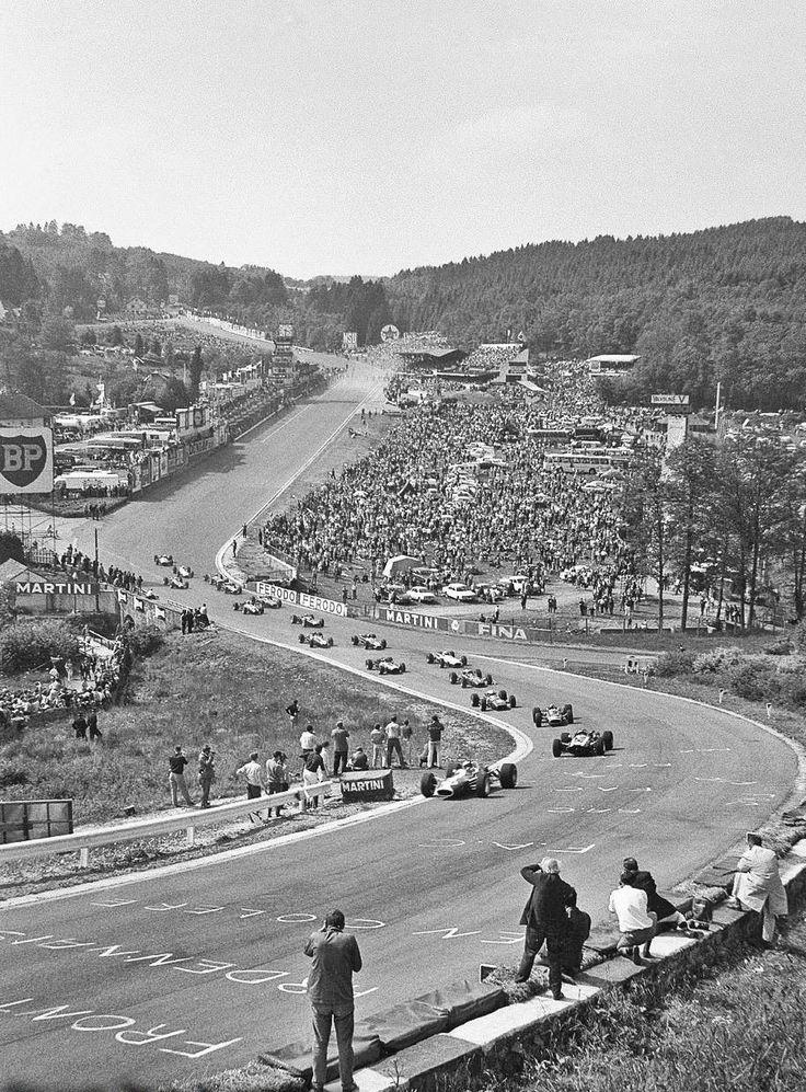 Jim Clark, Lotus 49, leads the field through Eau Rouge, Spa Francorchamps, 1967.