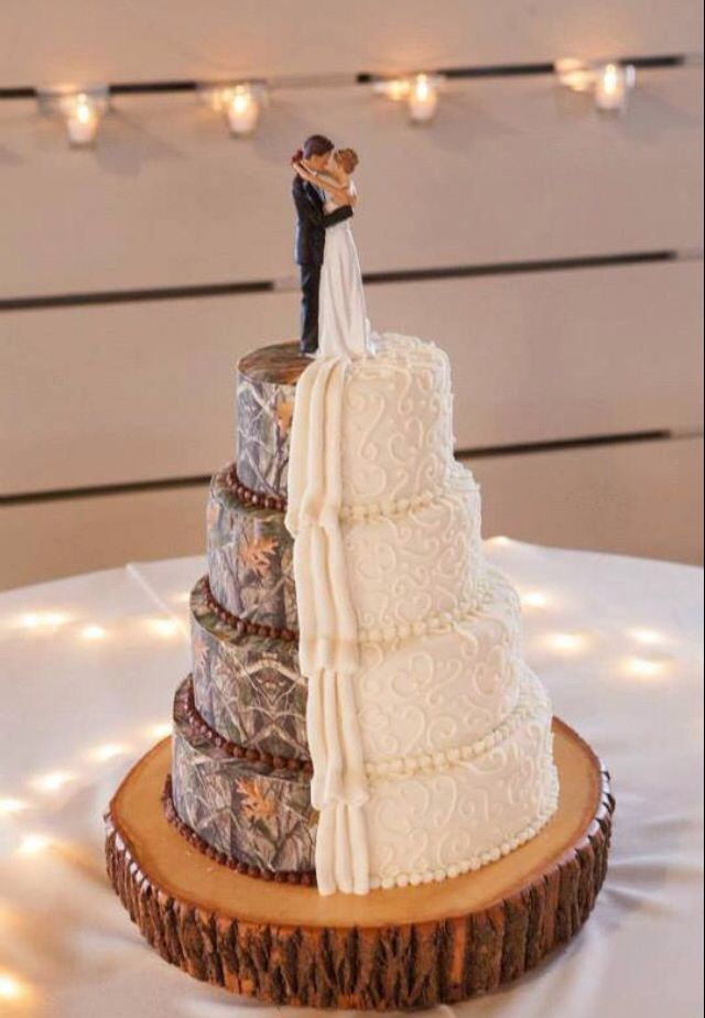 top of wedding cake ideas 17 best ideas about half and half wedding cakes on 21052