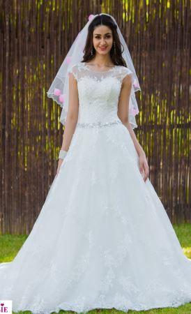 Designer Scoop Neck #Wedding gown