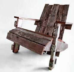 Recycled wood pallet adirondack chair. Wonderful!