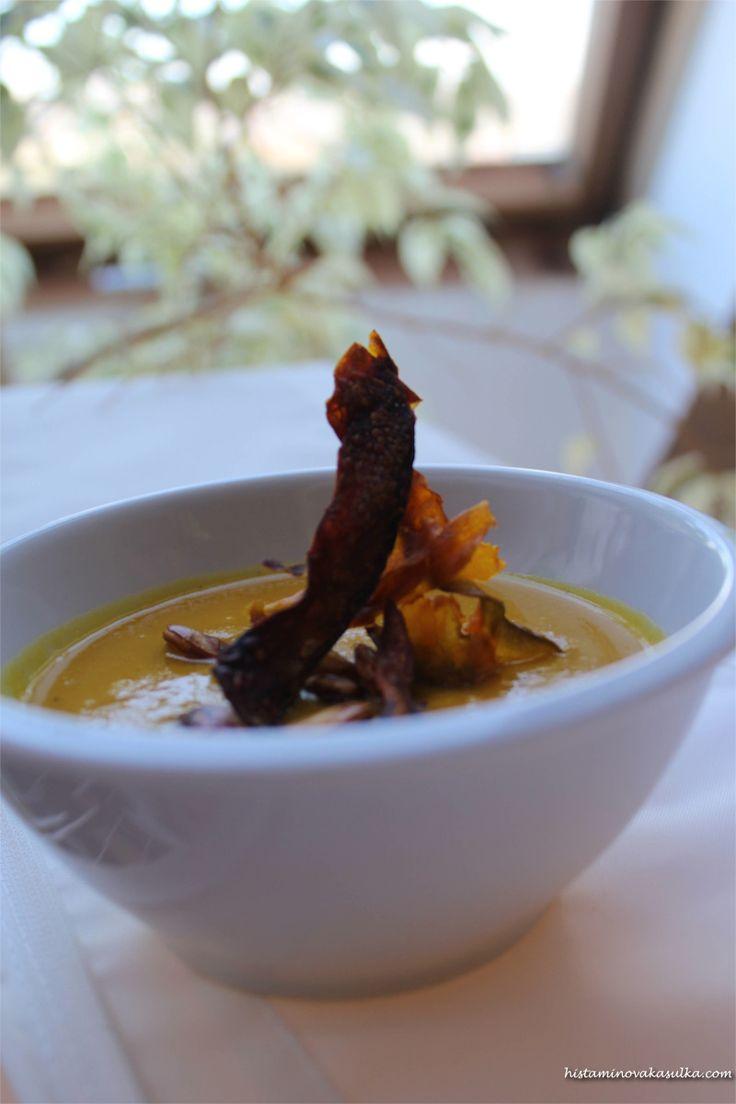 Polévka z pečené dýně s červenou čočkou a zázvorem