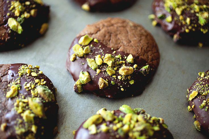Salted Pistachio Nutella Cookies