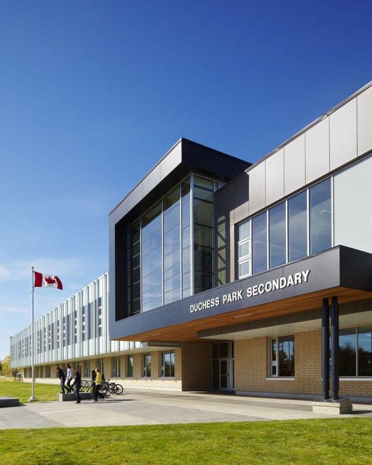Duchess Park Secondary School / HCMA входная зона