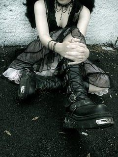 Goth Boots. I want them!!!