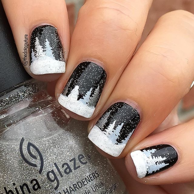 Some more #winterwonderland nail art from my December @cutegirlshairstyles post - click the link in my bio for more info on this and other cute winter wonderland nail art! PS can you spot the snowman? ☃☃☃
