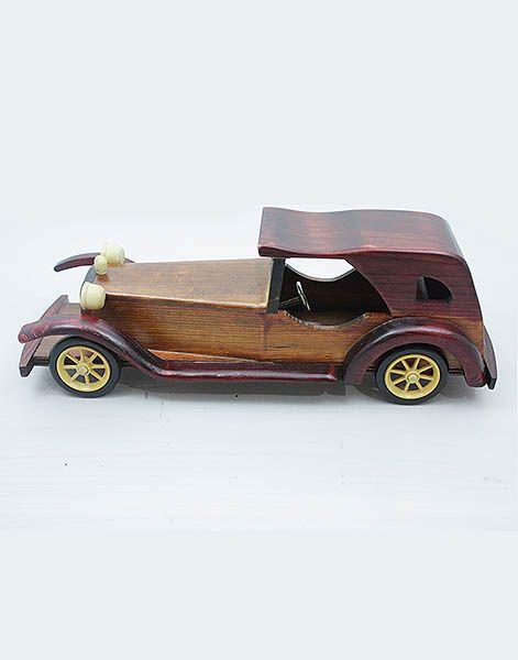 Klasik Model Ahşap Araba ,