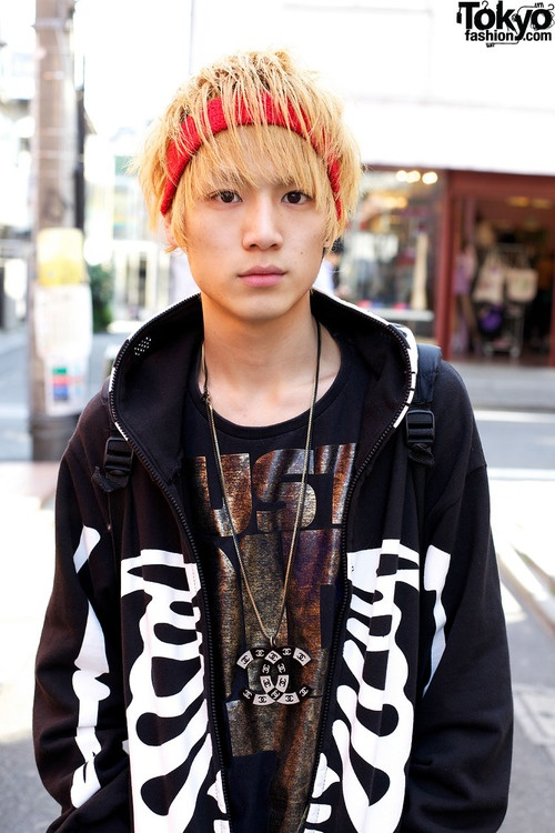 blonde-and-japanese-dude