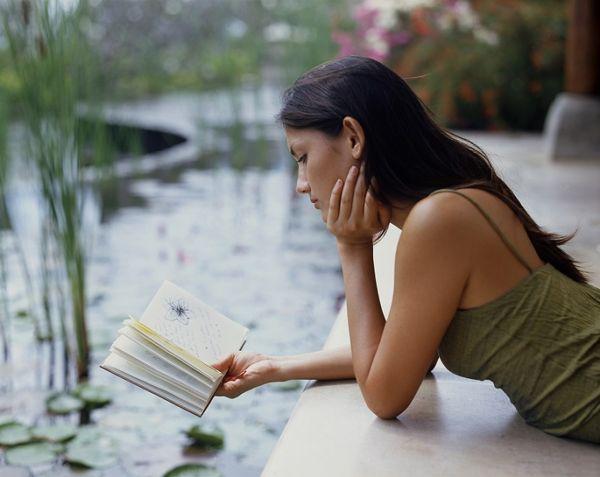 Cele mai bune 100 de cărţi din toate timpurile au fost alese de 100 de autori…