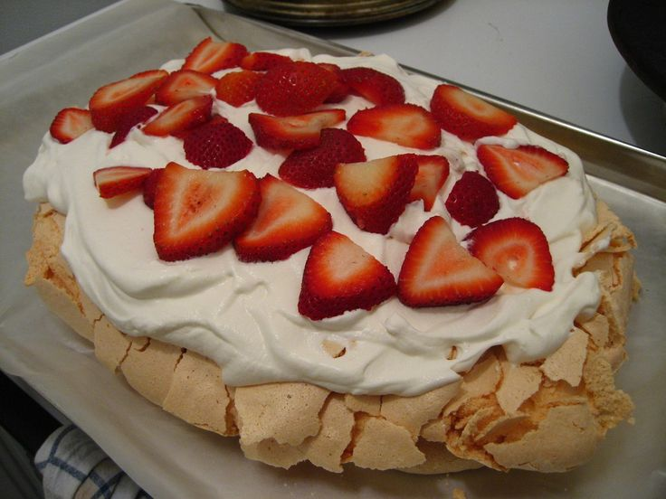 Low Carb Dessert Recipes using Splenda - Low Calorie Pavlova and other Delights
