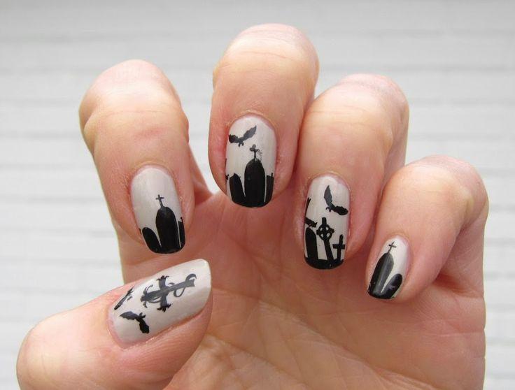 Sanne's Halloween nails 2014 OPI Skull and Glossbones