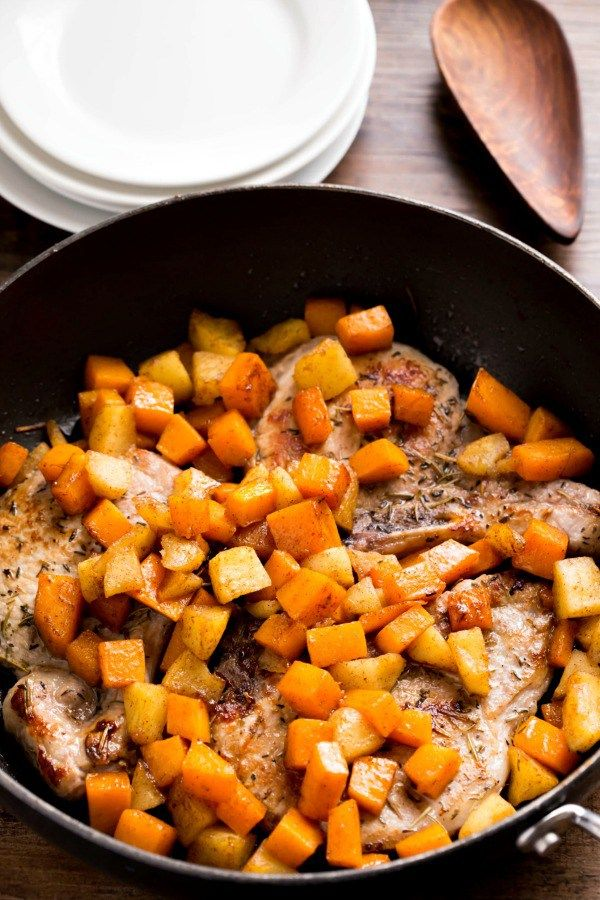 Pork Chops with Cinnamon Apples and Butternut Squash - delicious, healthy dinner recipe!