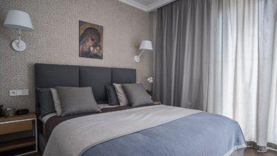Sypialnia #sypialnia #bedroom #interiors #interiorsdesign #achitekt #tryc #JacekTryc #niebieskasypialnia #blue #bed #beautyfull #interiors #projektowanie    Apartament na Bielanach | tryc.pl