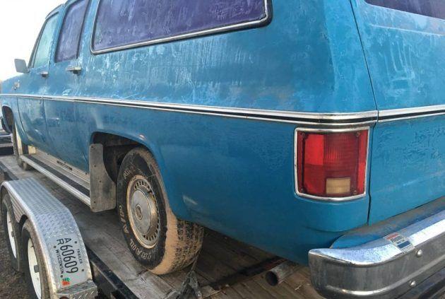 Stout Tow Rig 1975 Chevrolet Suburban Chevrolet Suburban
