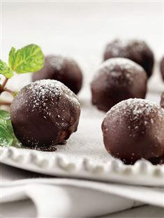 Cevizli ve çikolatalı toplar