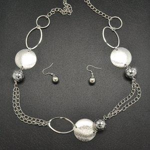 $5- paparazzi accessories! I'm a consultant so check me out ladies!! www.facebook.com/paparazziaccessoriesbyjacklyn