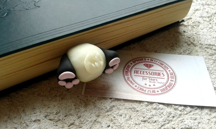 #polymer #bookmarks #original #accessoriesforstars #books #bookmark #night #night #panda #funny #bear #black #ivory #pink