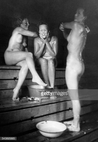 Germany, Young women soaping themselves in a Sauna - 1941- Photographer: Presse-Illustrationen Heinrich Hoffmann- Vintage property of ullstein bild