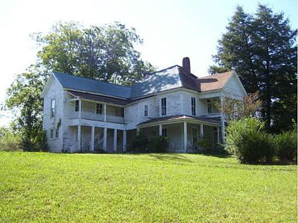 Old Folk Victorian Farmhouse 423 Reinhardt College Pkwy, Waleska, GA 30183 - For Sale $200,000 3 Prime Acres Across From Reinhardt College. Estate Home Needs Extensive Repair. Very Small Rental House(occupied). Beautiful Property With Many Possibilities. Possible Commercial.