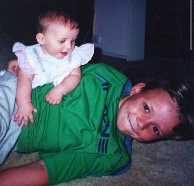 LOOK AT HOW CUTE THIS FETUS ASHTON IS HE'S LIKE A LITTLE BALL OF CUTIE HOLD ME *recoils* lol but you're not Ashton Irwin so don't touch me peasant