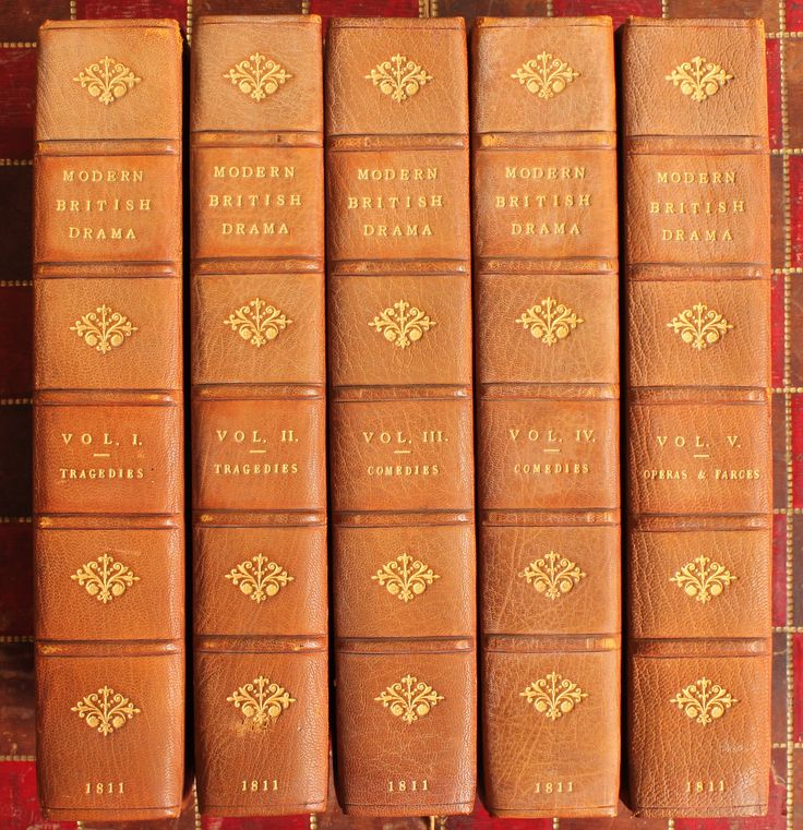 Antiquarian Books Leather Bound Do Furnish A Room Gentlemans Library Interior Design Home Furnishings Decor