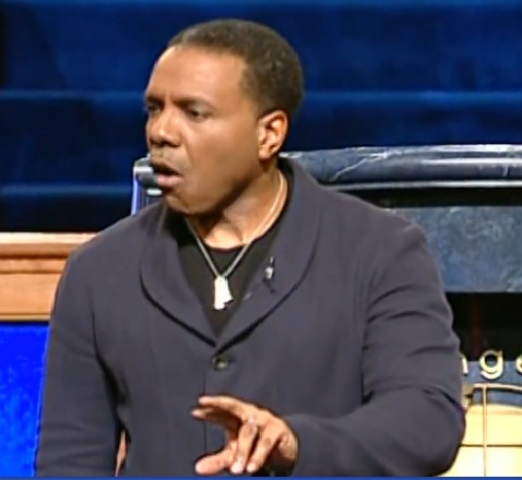 creflo dollar dating sermon Creflo dollar reveals struggle with health and how he is doing  creflodollar  sermons pastor creflo dollar is known for many things he is a minster,  advocate for  tiffany haddish is reportedly dating this celebrity socialitebet com.
