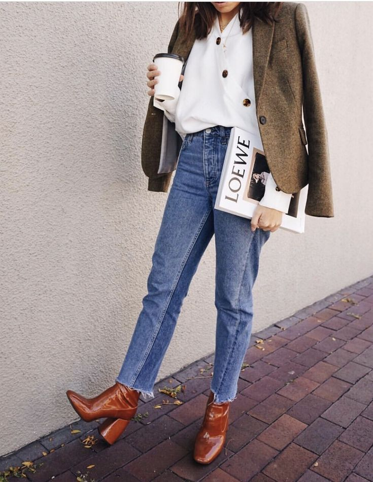 Short jeans boots and jacket