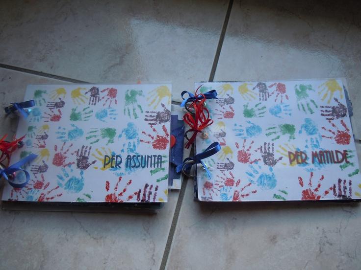 Scrapbooking - ricordo per le maestre  http://patrycreazioni.blogspot.it/2012/06/album-ricordo-maestre.html
