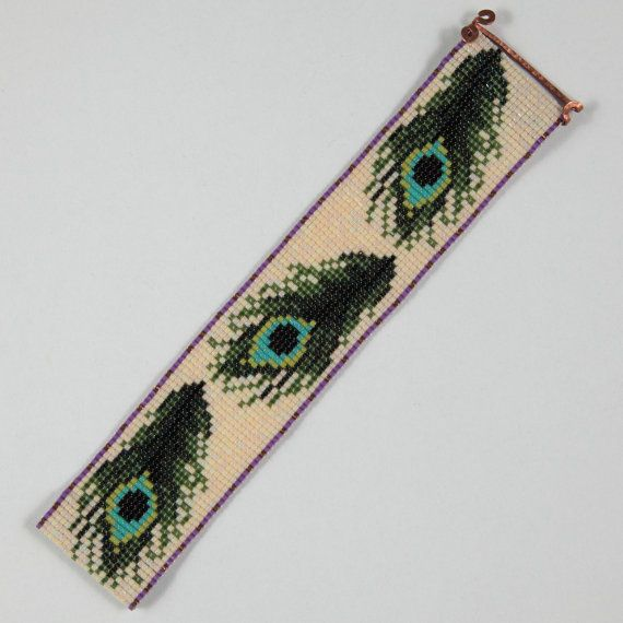 Peacock Feathers Bead Loom Bracelet Bohemian Boho por PuebloAndCo