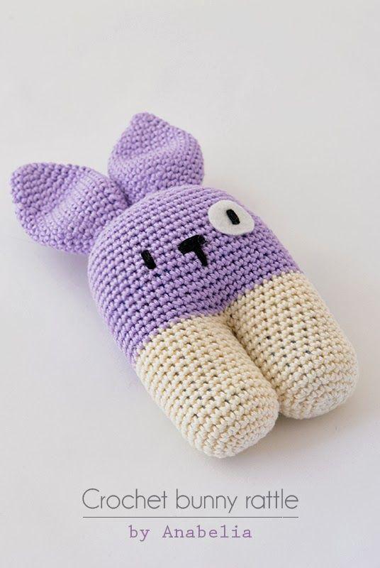 Crochet bunny rattle by Anabelia