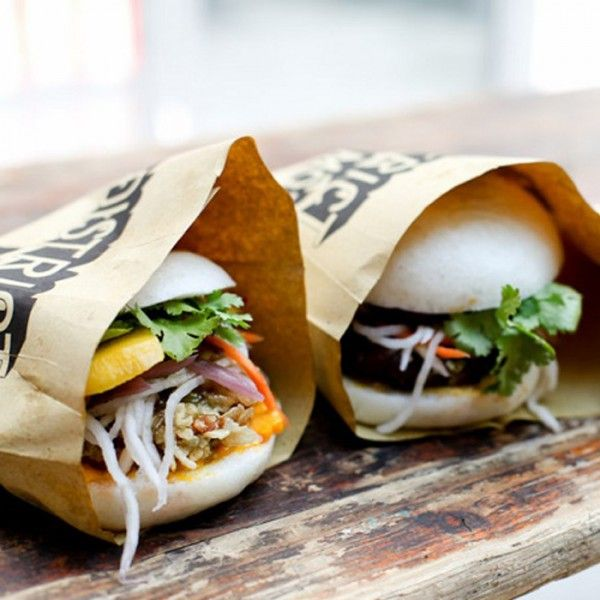 The baoburger, of Oriental inspiration, is winning over aficionados of street food.