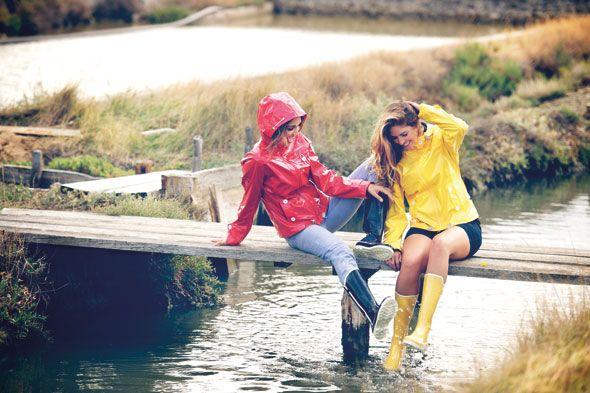 Neu interpretiert: Schicke Lack-Jacke, in der frau jedem Wetter trotzt