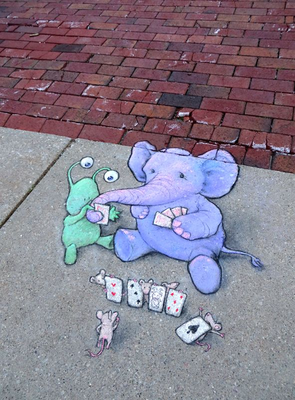 Here's a snapshot from last Saturday's poker night on Ingalls Mall. Between you and me, I think the games would go better if we could find more than ten cards to play with, but we're only playing for peanuts. Ann Arbor Summer Festival: Top of the Park (June 24, 2014) - street art by David Zinn